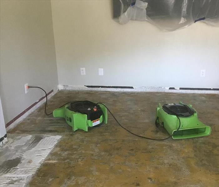 SERVPRO of Santee Lakeside technicians use water fans to circulate air and extract water from flooring to save home structure